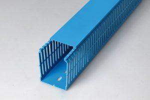 Goulotte de câblage GN-A6/4 bleu