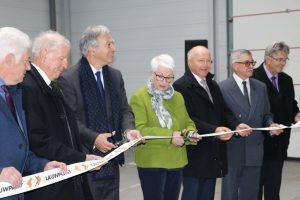Officials cut the inaugural ribbon - LAUWPLAST