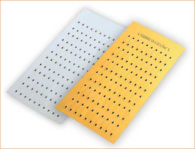 LF0 labels are delivered in packs of 10 sheets of 60 strips.